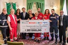 """""""Il nostro cuore non trema. Batte"""", 20mila euro per le vittime del terremoto"""