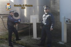 Maxi sequestro di aceto balsamico contraffatto, era destinato a Cerignola