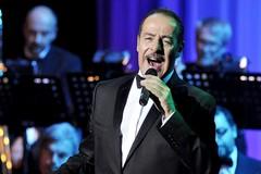"""Massimo Lopez e la Jazz Company in show per la """"Village Night"""""""