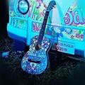 Rubata la chitarra dipinta per Mimmo Fanelli