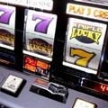 Tentano furto di slot machine, ma le macchine non passano dalla porta
