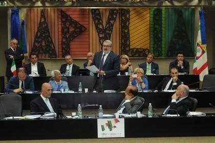 Emiliano Consiglio Regionale Giunta Puglia