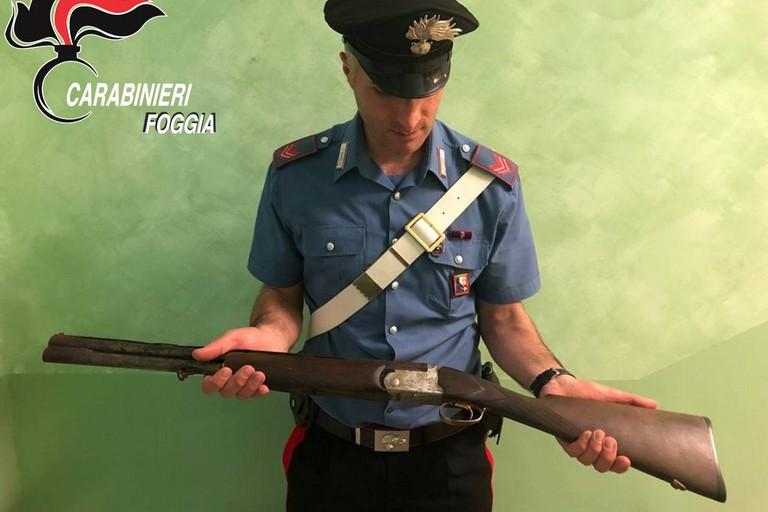 Arma detenuta illegalmente, ai domiciliari un incensurato