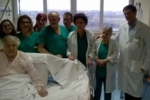 105 anni e un femore operato, nonna Maria in piena salute