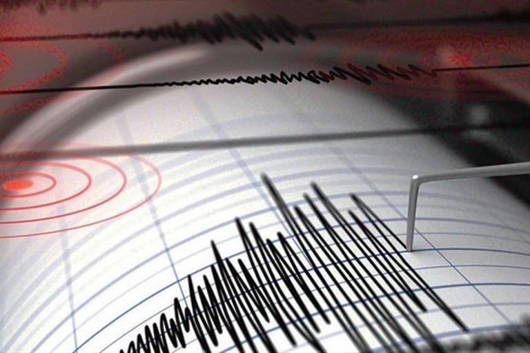 Scossa di terremoto durante la notte