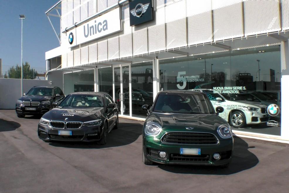 Concessionario Unica presenta BMW serie 5 e nuova MINI Countryman. <span>Foto Vincenzo Bisceglie</span>