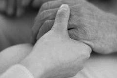 Emergenza Covid, oltre il 30% dei nonni in povertà assoluta