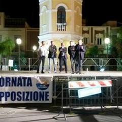 Opposizione in piazza: «Nuovamente uniti per informare»