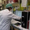 Coronavirus, meno tamponi ma oltre 900 i positivi in Puglia