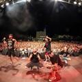 Un bagno di folla a San Ferdinando di Puglia per i Boomdabash