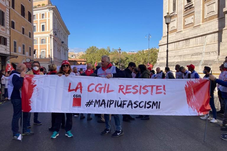 """""""Mai più fascismi"""", da San Ferdinando di Puglia a Roma per la democrazia"""
